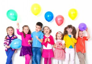 Big-group-of-happy-children-with-balloons